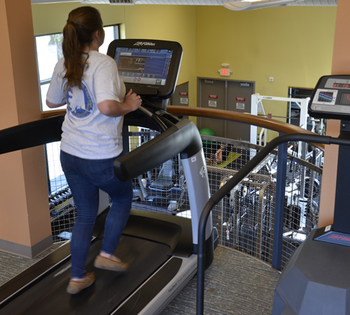 PWSC student on treadmill at the Health & Fitness Center